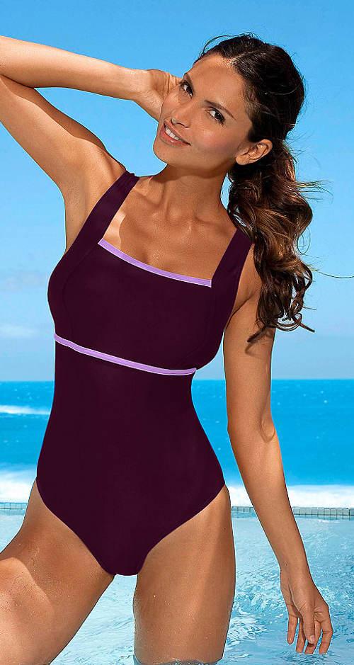 Sportowy jednoczęściowy kostium kąpielowy z podszewką na piersi