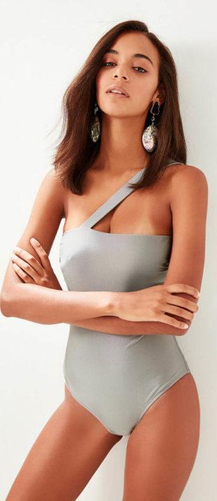 Srebrno-szary damski kostium kąpielowy z jednym ramiączkiem