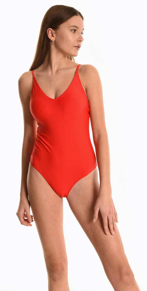 Elegancki damski jednoczęściowy kostium kąpielowy w efektownym czerwonym kolorze
